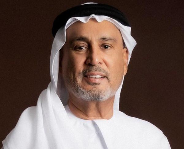 أحمد صديقي يدعم جهود «الجليلة» في الأبحاث الطبية